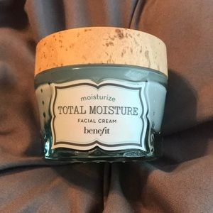 Other - benefit total moisture facial cream